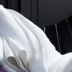 Alexandre Turpault Douchelaken Essentiel Wit 70 x 140 cm