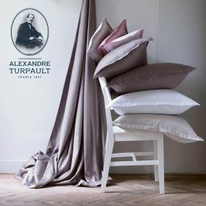 Alexandre Turpault Hoeslaken Hoge Hoek Satijn Wit